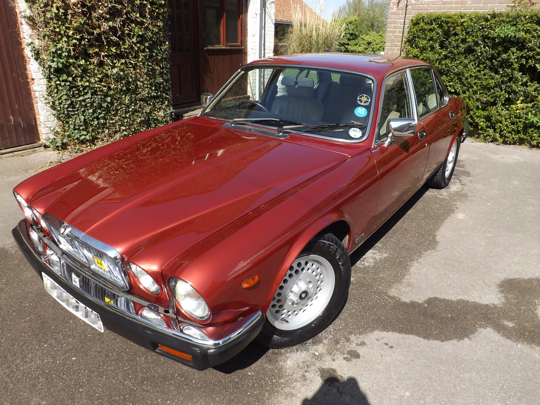 Series III Jaguar XJ Sovereign 4.2 after valeting in Somerset