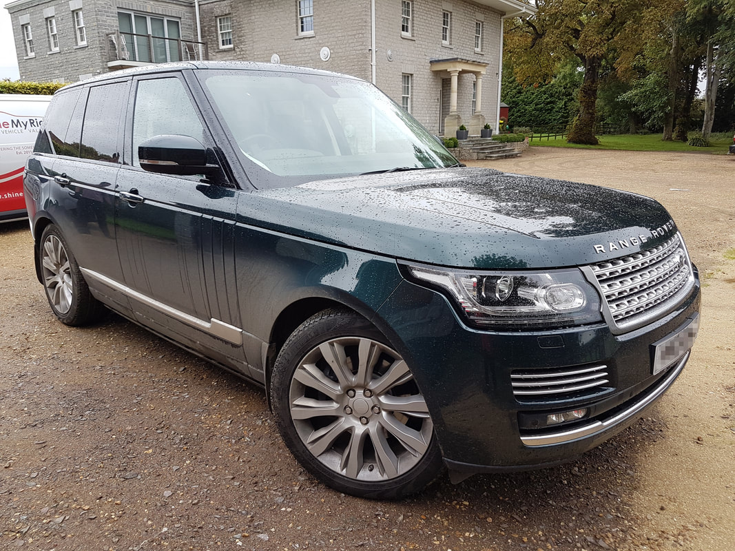2015 Range Rover Vogue SE before monthly maintenance valeting near Somerton